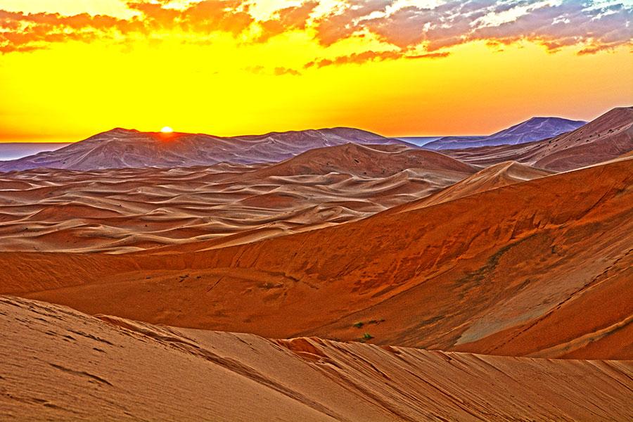 Sacharos dykuma, saulėtekis