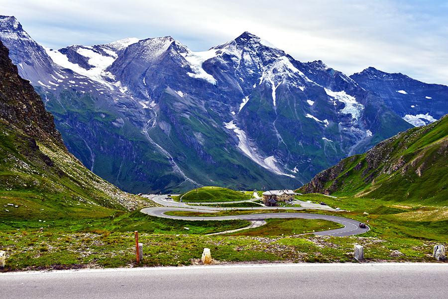 Didysis Alpių kelias arba dar vadinamas Grosgloknerio Alpių kelias