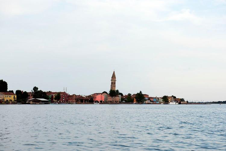 Burano salos varpinė