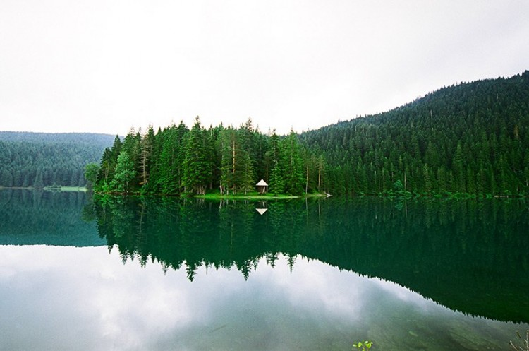 uodasis ežeras esantis Nacionaliniame Durmitoro parke