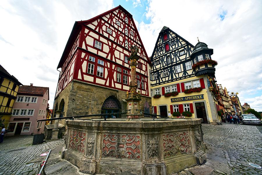 Rotenburgas prie Tauberio  (Rothenburg ob der Tauber)