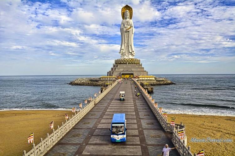 Guanyin of Nanshan šventykla. Hainano saloje