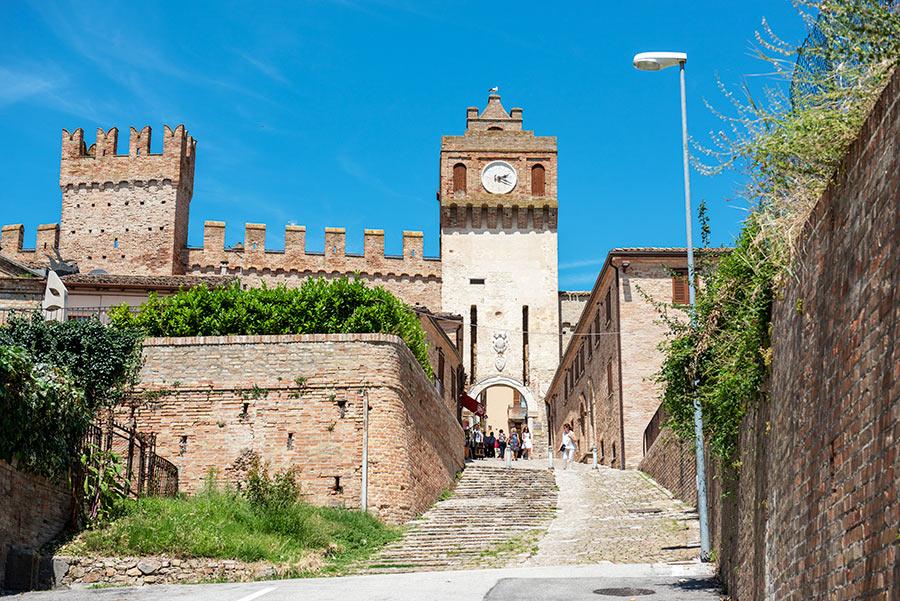 Gradaros pilis-tvirtovė (Castello di Gradara)