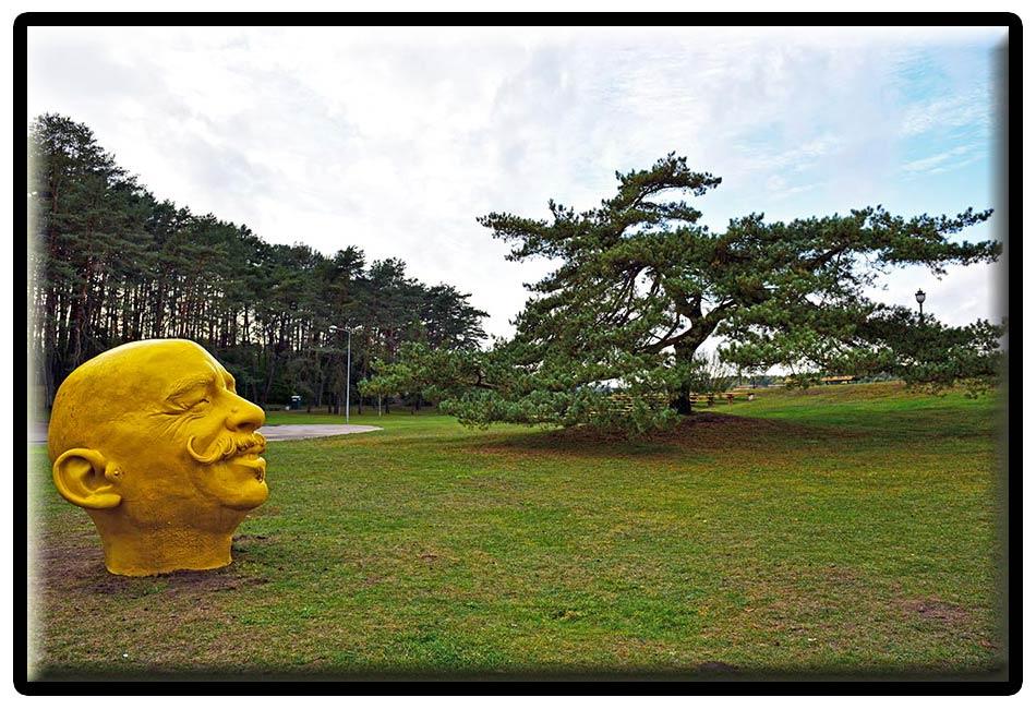 M.Gaubo skulptūra Birštone