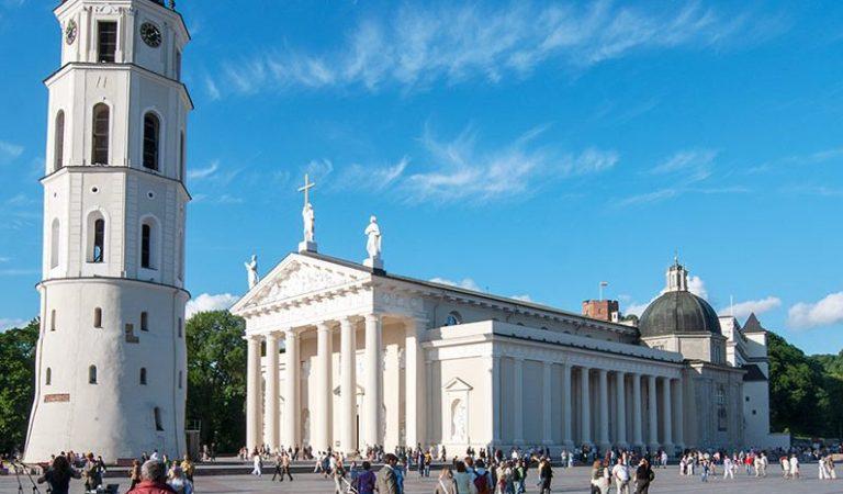 Dešimt lankytinų vietų Vilniuje