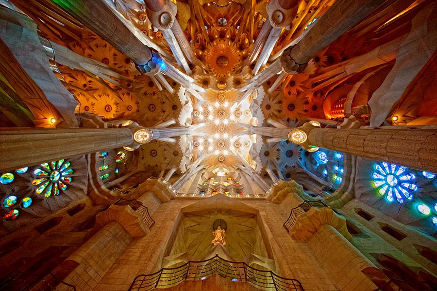 Lubos Šv. Šeimynos bažnyčioje. Sagrada Familia