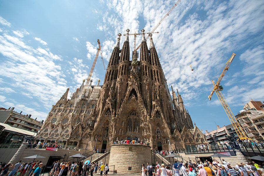 Šv. Šeimynos bažnyčia Barselonoje. Sagrada Familia .