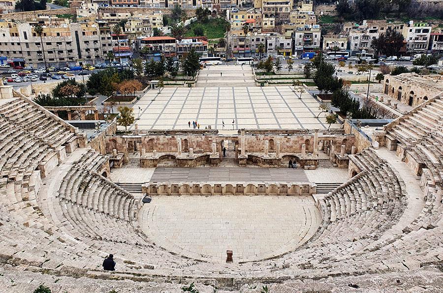 """Romėnų amfiteatras"" (""Roman Theatre"")"