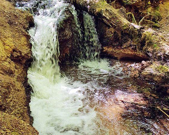 Natūralūs kriokliai Lietuvoje. Vilsos upelio kriokliai